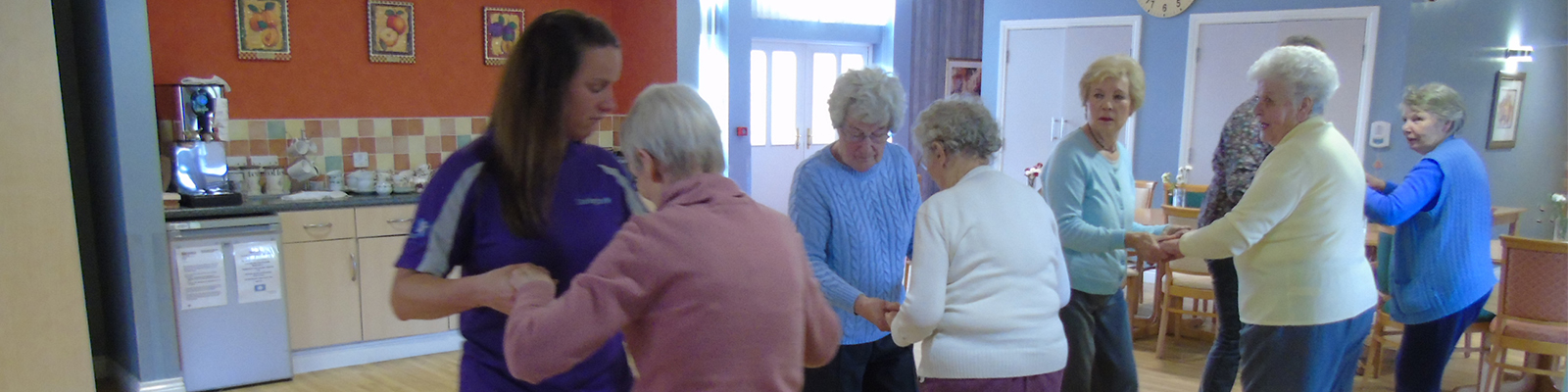 Residents dancing at Linden Court