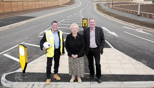 Council Leader marks road opening at Symmetry Park